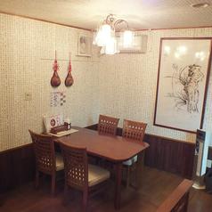 【1階テーブル席】ランチタイムも営業中!美味しい韓国料理をどうぞ♪