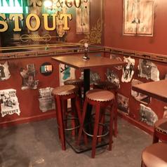 4名様のテーブル席です。お客様の人数に合わせたお席をご用意いたします。