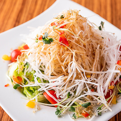 料理メニュー写真ジャコたっぷり大根サラダ
