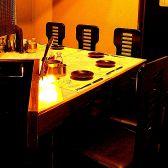 珍しい形態のテーブル席で絶品料理に舌鼓を
