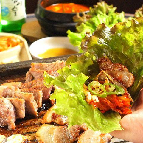 【梅田】韓国料理食べ放題5選!サムギョプサルな …