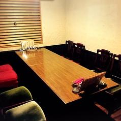 9名様までの椅子席タイプの個室です