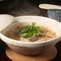 料理メニュー写真《名物》鯛の土鍋ご飯(2~3人前)