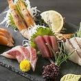 《予算に合わせて選べるコース》飲み放題付コースを多数ご用意しています。●2時間3,000円~●3時間4,000円~と、お客様の利用シーン・予算に合わせてお選びいただけます。肉寿司・お造り・串焼き・海鮮ちらし寿司等、当店自慢の料理を各種宴会に便利なコースで存分にお楽しみください。ご予約お待ちております♪