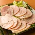 料理メニュー写真自家製鶏ハム 二種盛り