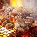 料理メニュー写真みやざき地頭鶏もも肉!豪快火柱炭火焼120g