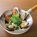 料理メニュー写真ムール貝の鍋蒸し