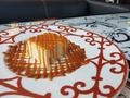 料理メニュー写真焦がしキャラメルの濃厚チーズケーキ
