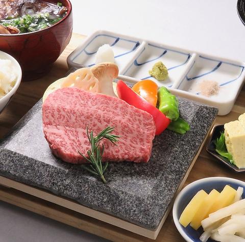 ★期間限定でオリーブ牛やオリーブ豚を使用した定食やコースが500円~200円OFF★