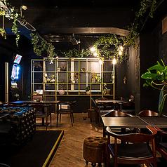 カフェバー アンベンド cafe&bar UNBENDの雰囲気2