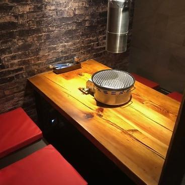 焼肉ワインバル OYAKATAの雰囲気1
