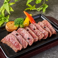 料理メニュー写真【常陸牛ロース 鉄板レアステーキ】 茨城の黒毛和牛!肉本来の旨味引き出す「レア」でご提供