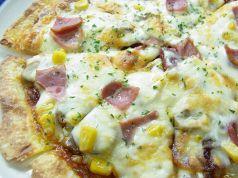 料理メニュー写真アメリカンピザ