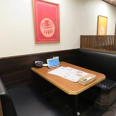 4名様テーブル席♪プライベートな飲み会やデートにもぴったりです!