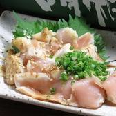 柔らかく、旨味がたっぷりつまった、徳島産、阿波尾鶏のたたきをご賞味ください!!