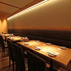 【Main floor】少人数様から大人数様まで、お子様連れでのお食事や、ご宴会も大歓迎です。