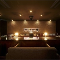 カップルにおすすめの、2名様用カウンターソファーシートございます。岐阜市で少しリッチな焼肉デートはいかがでしょうか。