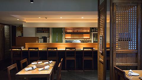 和食を中心とした創作料理と日本酒・ワインを楽しめるお店