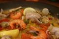 料理メニュー写真海老とチキンのミックスパエリア