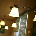 雰囲気の良い店内照明が、落ち着いた雰囲気を演出☆