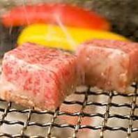 肉好きが集まる人気店♪高品質なお肉&ホルモンを破格で