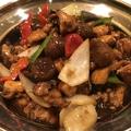 料理メニュー写真鶏と栗の醤油煮込み