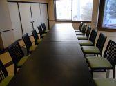 かなりゆったりとしたテーブル席の個室2名~28名様