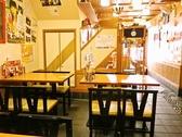 店内奥の4名様掛けのテーブル席