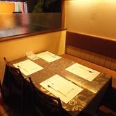 店内は全てテーブル席となっております。