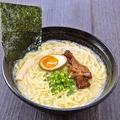 料理メニュー写真濃厚鶏白湯ラーメン