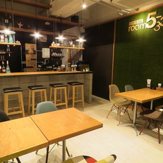 cafe&bar room5-33 by hamanoya