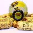 ●フェウド・モナチ/プリミティーヴォ・サレント【赤/イタリア】早朝摘まれたブドウから造られるプーリア州を代表する赤ワイン。生き生きとした深い色合い。心地よい香りと味わいが印象的な、バランスの素晴らしいワインです。