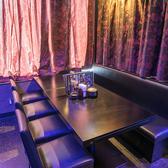 レイアウト自由な使い勝手の良いテーブル席。少人数様から、10名様以上のパーティなど様々なシーンでご利用いただけます。忘年会や新年会、歓送迎会、ママ会や女子会、合コン等にいかがでしょうか!?