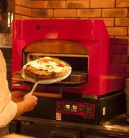 超高温の石窯で焼き上げる、本格こだわりピッツァ!