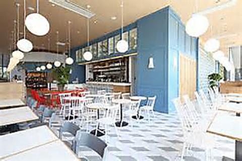 グランフロント北館1階★北欧テイストの開放的で温かみのあるオシャレなお店