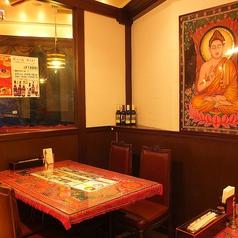 お洒落な店内はカフェのような落ち着く雰囲気。
