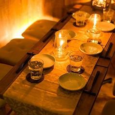 【団体様向け個室】各種宴会や結婚式の二次会、パーティーなど幅広くご利用頂ける団体様向けの個室席です。団体様必見のお得なクーポンなど多数ご用意しておりますので、お気軽にお問い合わせください。