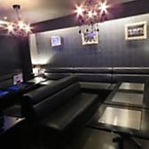 カラオケ完備の完全個室。最大20名様までご利用頂けます。別途ルーム代1時間1000円