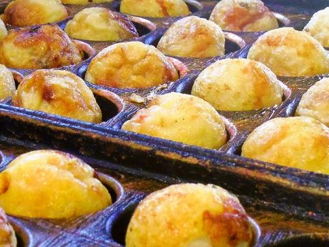平日限定たこ焼きが60分食べ放題!ソースが選べる安くて美味しい町のたこ焼き屋さん。