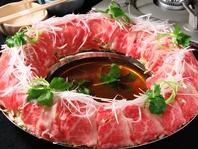 料理長自らこだわり抜いた牛肉、豚肉を堪能できる炊き肉