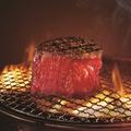 料理メニュー写真牛フィレ塊焼き ※約180g(2~3人分)