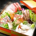朝獲れ鮮魚の豪華盛り合わせ、木村屋本店田町の1番人気のメニューです。