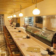 職人がお寿司を握るところも楽しめる特等席