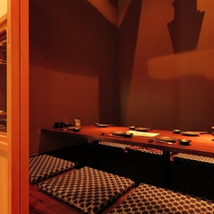 おこもり個室空間2名~6名迄の個室空間です。