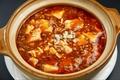 料理メニュー写真特製麻婆豆腐/干し豆腐と豚肉炒め