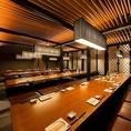 個室宴会は最大56名様まで対応可能!上野でご宴会をお探しなら 博多前炉ばた 一承 東京上野 店へお越しくださいませ。 ご宴会にオススメな全11品2H飲み放題付きの和みの宴は4000円~!最大56名様まで入れるお部屋をご希望のお客様は、お早めにご予約くださいませ。