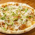料理メニュー写真ねぎみそのピザ