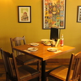 【テーブル】4名様でご利用いただけるテーブル席です。ゆったりくつろげます!