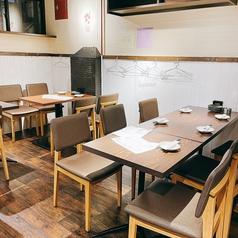 竹内酒造直営ネオ大衆酒場 ぽんシュワ 天王寺あべの店の雰囲気1