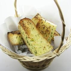 料理メニュー写真ガーリックトースト